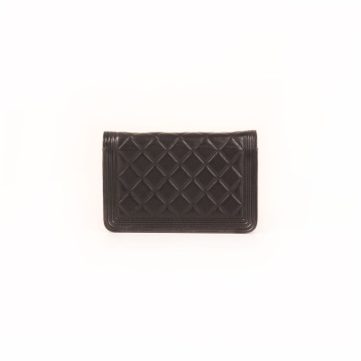 Boy Wallet on Chain
